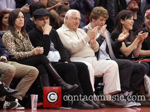 Billy Crystal, Tommy Lasorda and Janice Crystal 6
