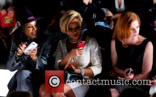 June Ambrose, Mary J. Blige, Sarah Rafferty and Giuliana Rancic 3