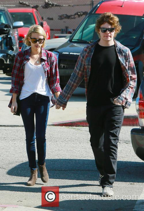 Emma Roberts and Evan Peters 4