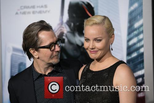 Gary Oldman and Abbie Cornish 11