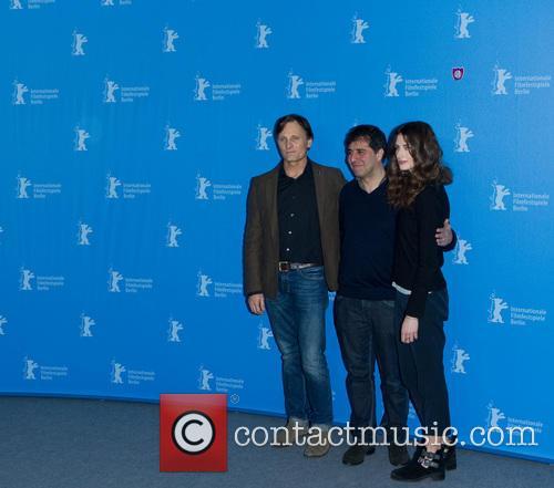 Hossein Amini, Viggo Mortensen and Daisy Bevan 4