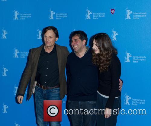 Hossein Amini, Viggo Mortensen and Daisy Bevan 9
