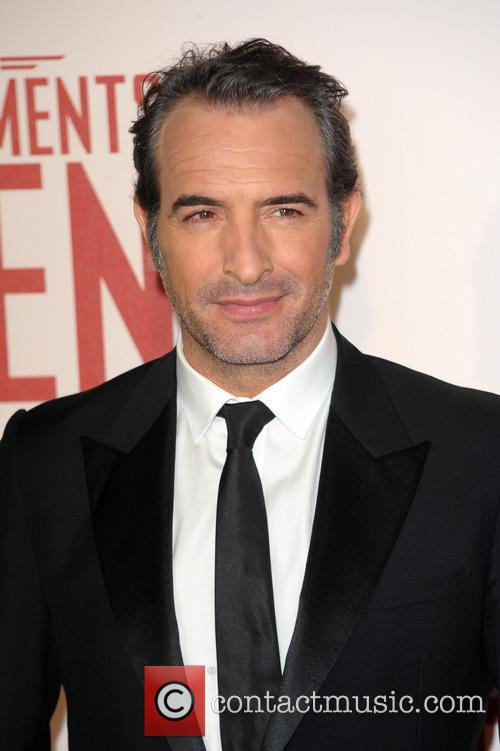 Jean dujardin news photos and videos for Age jean dujardin