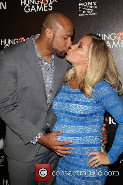 Hank Baskett and Kendra Wilkinson 6