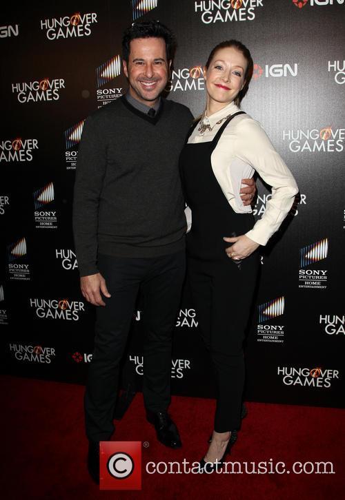 Jonathan Silverman and Jennifer Finnigan 4