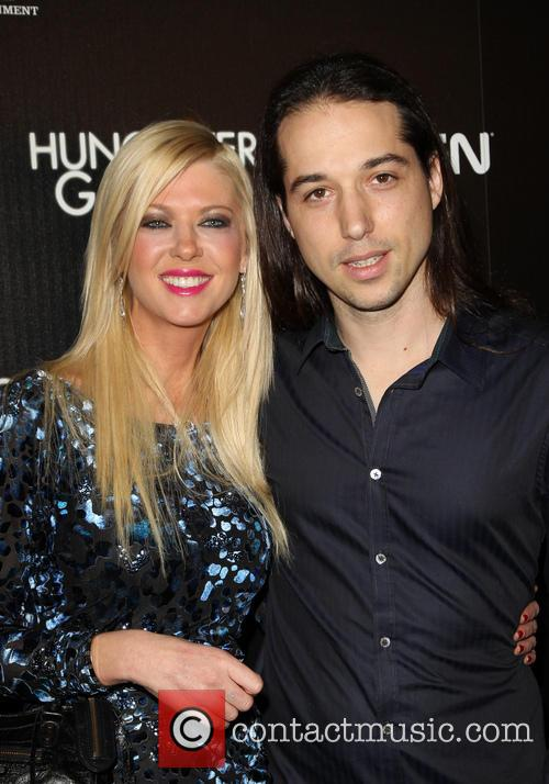 Tara Reid and Erez Eisen 9