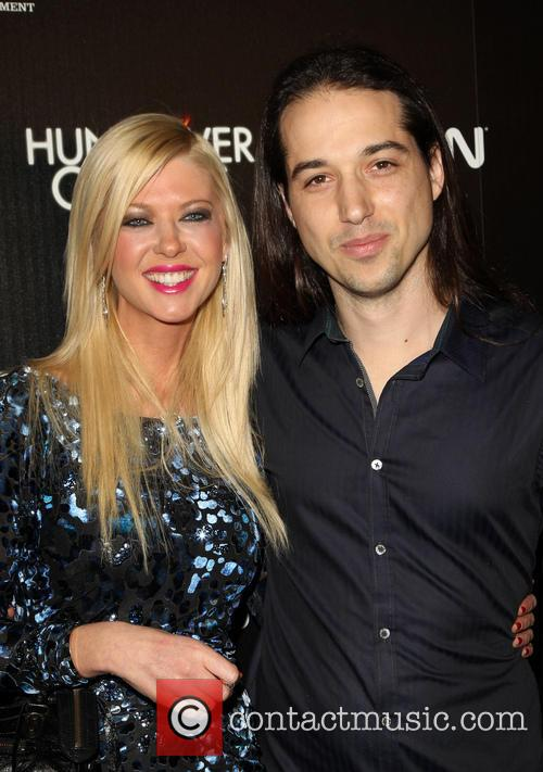 Tara Reid and Erez Eisen 10