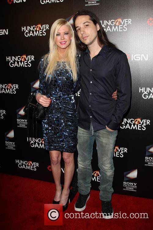 Tara Reid and Erez Eisen 9