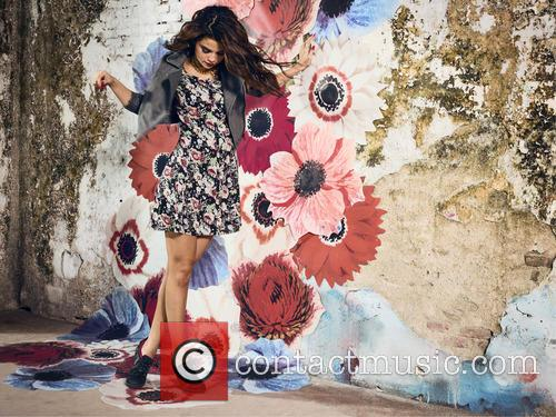 Selena Gomez 13