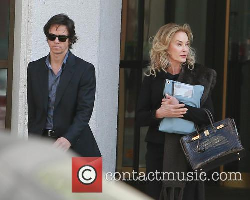 Mark Wahlberg and Jessica Lange 3