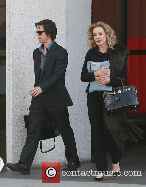 Mark Wahlberg and Jessica Lange 5
