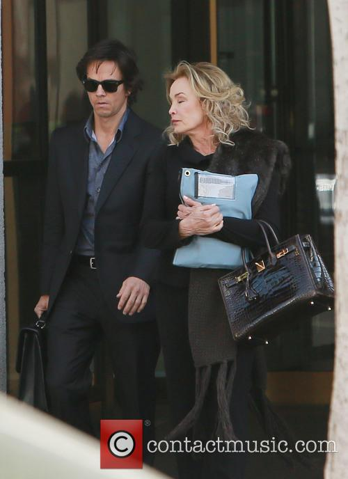 Mark Wahlberg and Jessica Lange 7