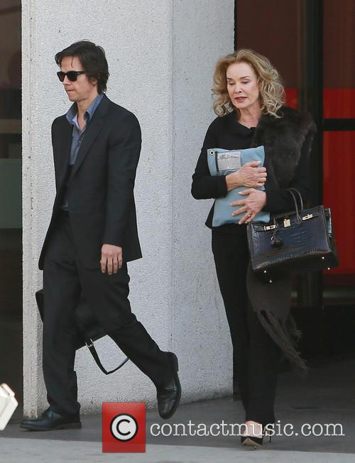 Mark Wahlberg and Jessica Lange 8