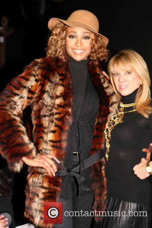 Cynthia Bailey and Ramona Singer 10
