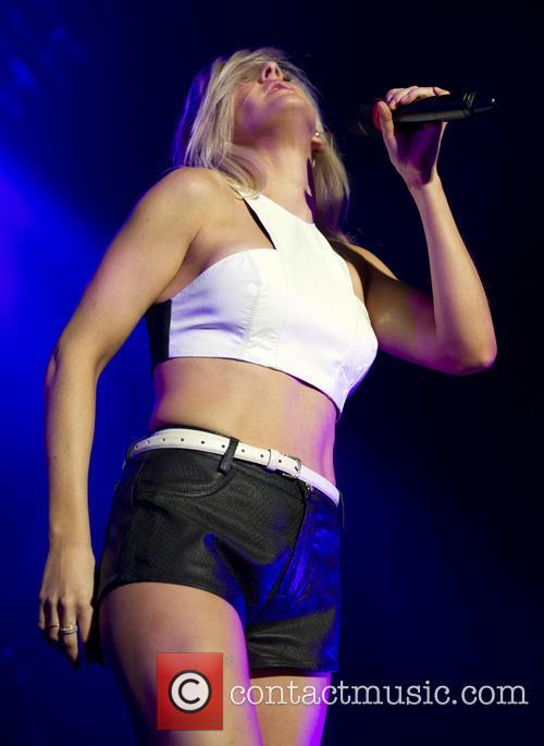 Ellie Goulding 30