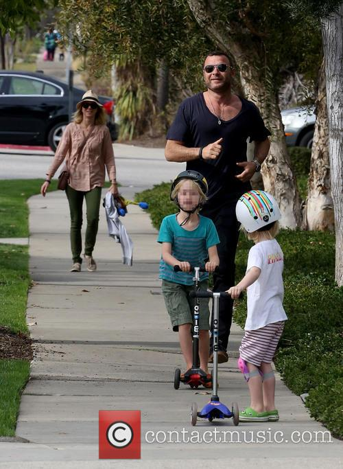 Naomi Watts and Liev Schreiber with their sons