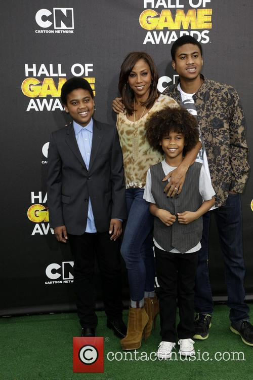 Holly Robinson Peete and Family 4