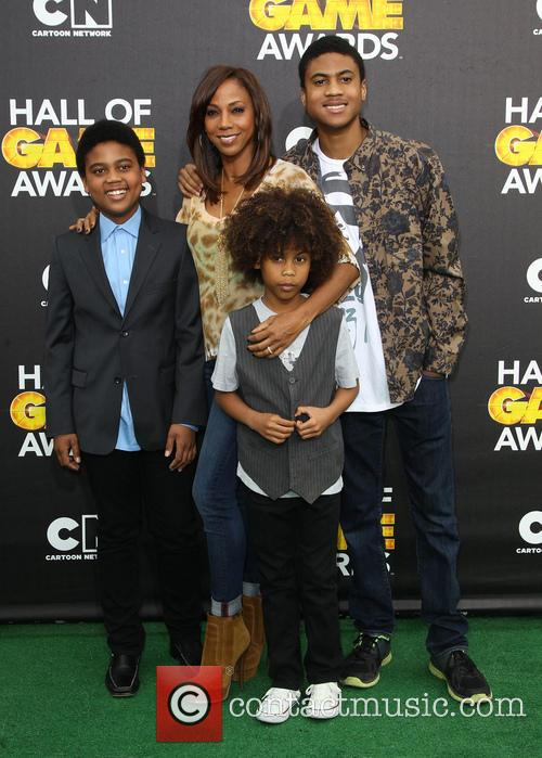Holly Robinson Peete and Children 4