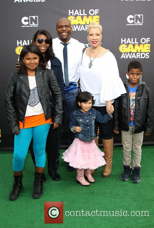 Terry Crews, Rebecca King-crews, Azriel Crews, Naomi Burton-crews, Isaiah Crews and Tera Crews 6
