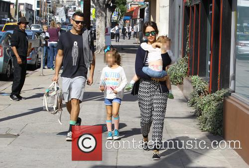 Jessica Alba, Cash Warren, Haven Warren and Honor Warren 4
