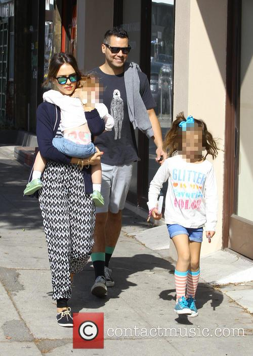 Jessica Alba, Cash Warren, Haven Warren and Honor Warren 5