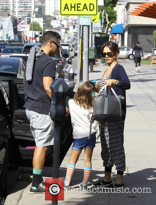 Jessica Alba, Cash Warren and Honor Warren 10
