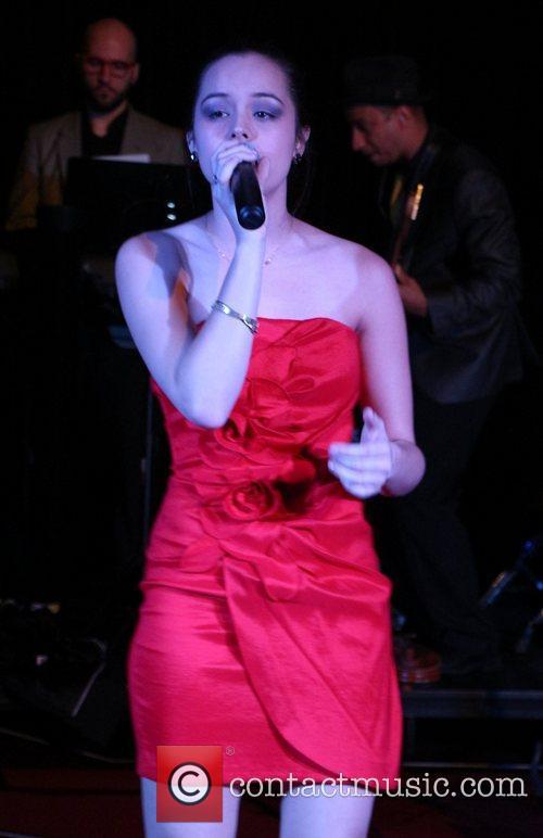 Hayley Orrantia 4