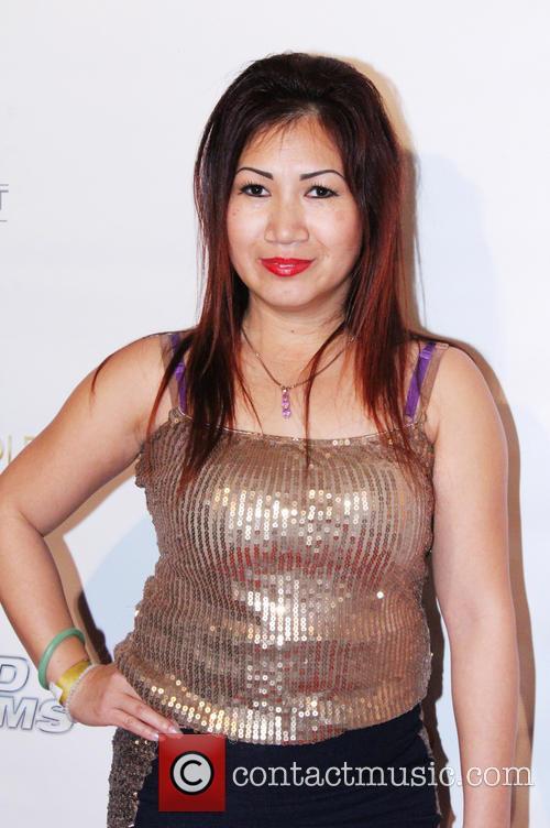 Julie Lee 6