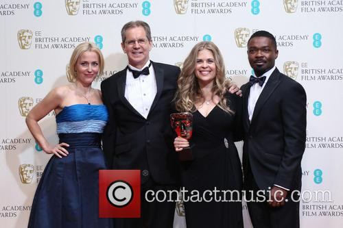 Gillian Anderson, David Oyelow, Jennifer Lee and Chris Buck