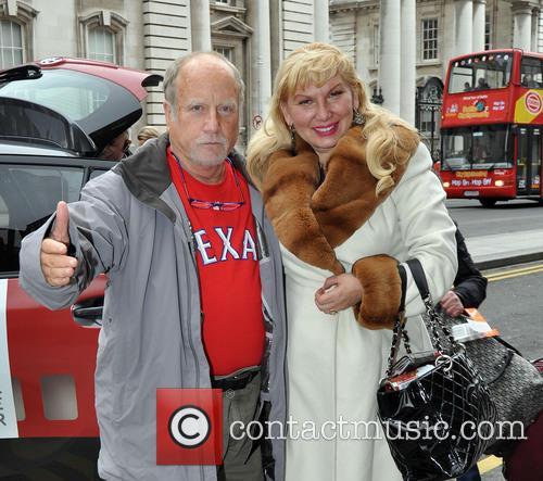 Richard Dreyfuss and Svetlana Dreyfuss 6
