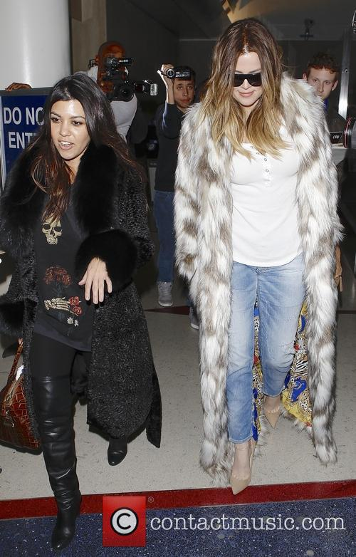 Khloe Kardashian and Kourtney Kardashian 5