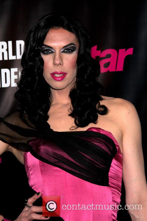 Kelly Mantle 2