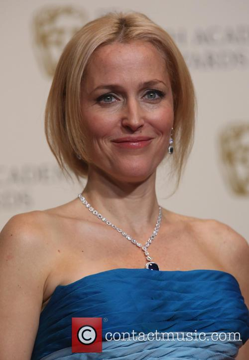 gillian anderson british academy film awards bafta 4072432