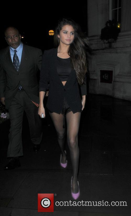 Selena Gomez enjoys a night out at Sketch bar