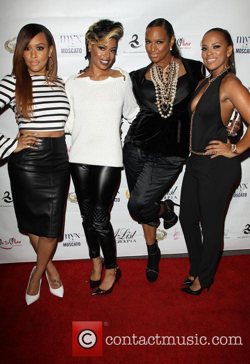 Ariane, Chantel Christie, Jackie Christie and Sundy Carter 4