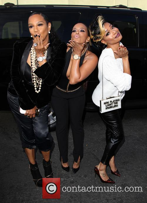Ariane, Jackie Christie and Sundy Carter 3