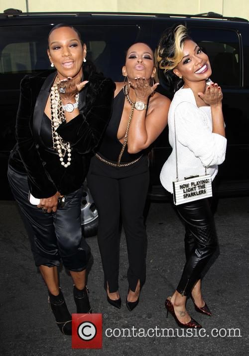 Ariane, Jackie Christie and Sundy Carter 9