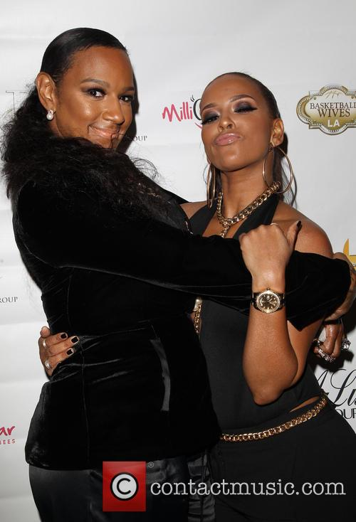 Jackie Christie and Sundy Carter 9