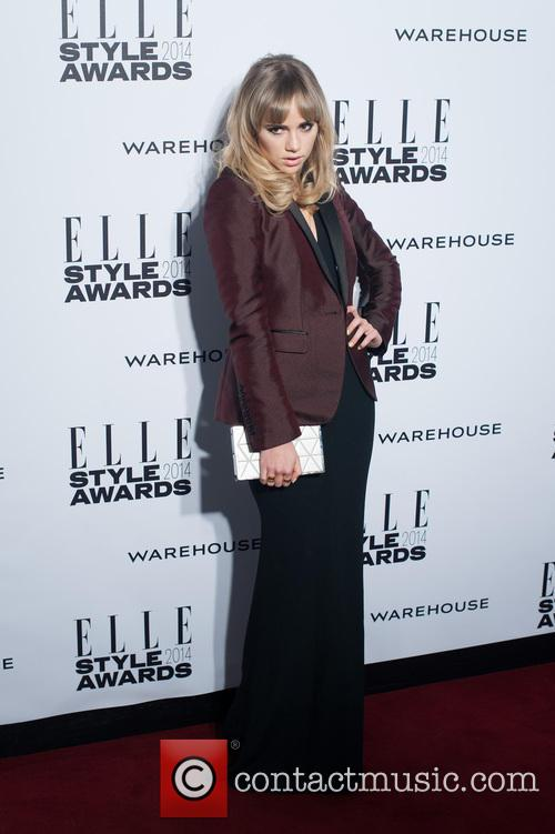 Suki Waterhouse 10