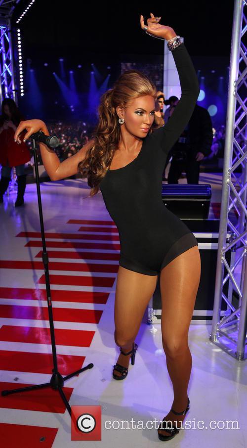 beyonce madame tussauds new york unveils exhibit 4076883