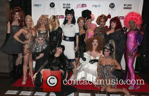 The Cast Of and Drag Race S6 6