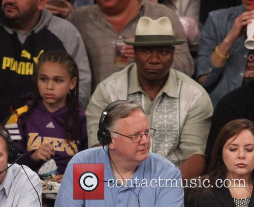 ving rhames celebrities at the lakers game 4078356