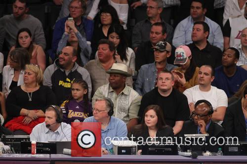 ving rhames celebrities at the lakers game 4078373