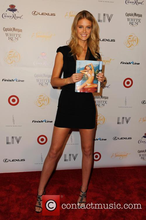 kate upton club si swimsuit 50th anniversary 4078734