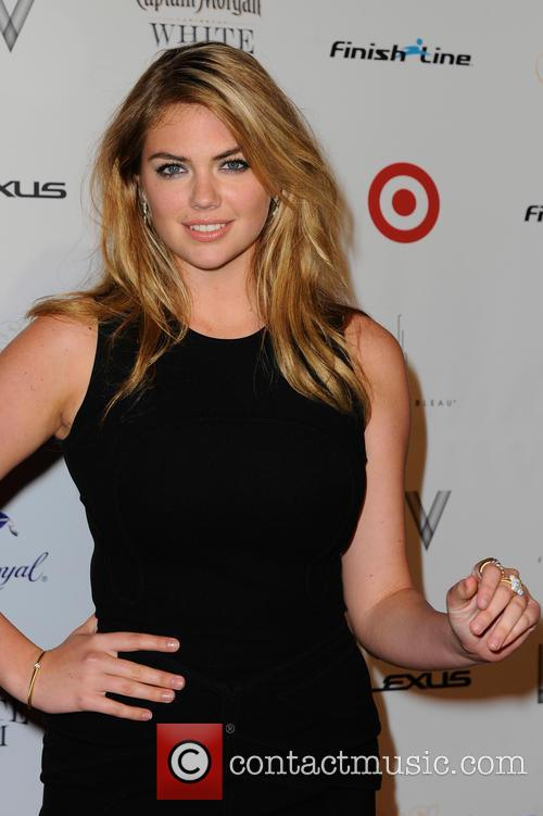 kate upton club si swimsuit 50th anniversary 4078673