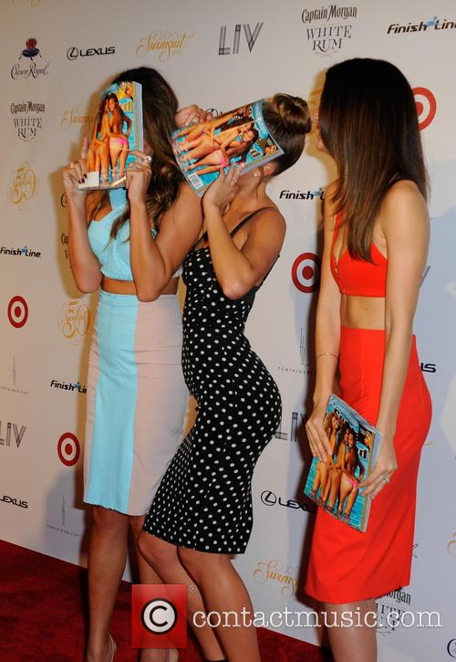 Chrissy Teigen, Lily Aldridge and and Nina Agdal 9