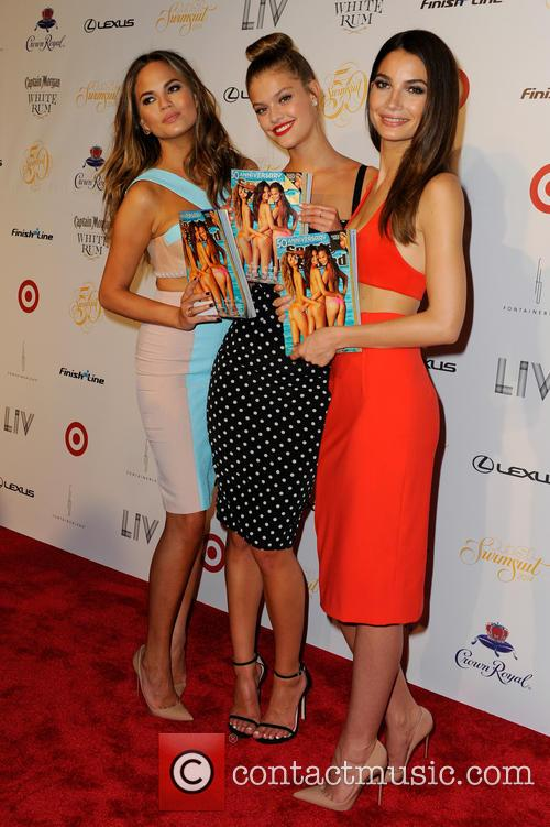 Chrissy Teigen, Lily Aldridge and and Nina Agdal 11