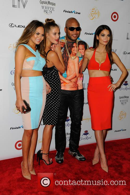 Chrissy Teigen, Nina Agdal, Flo Rida and And Lily Aldridge 3