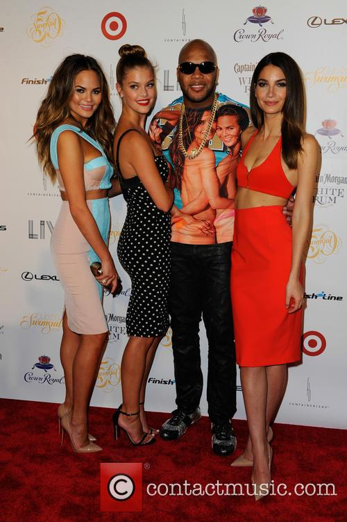 Chrissy Teigen, Nina Agdal, Flo Rida and And Lily Aldridge 5