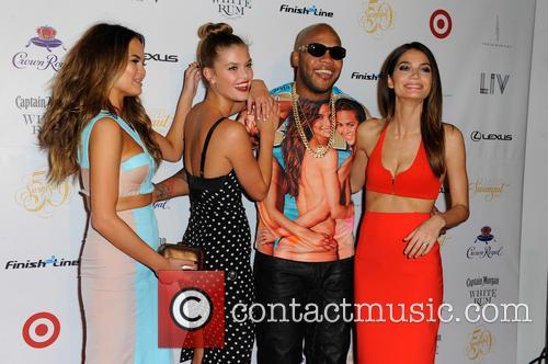 Chrissy Teigen, Nina Agdal, Flo Rida and And Lily Aldridge 6